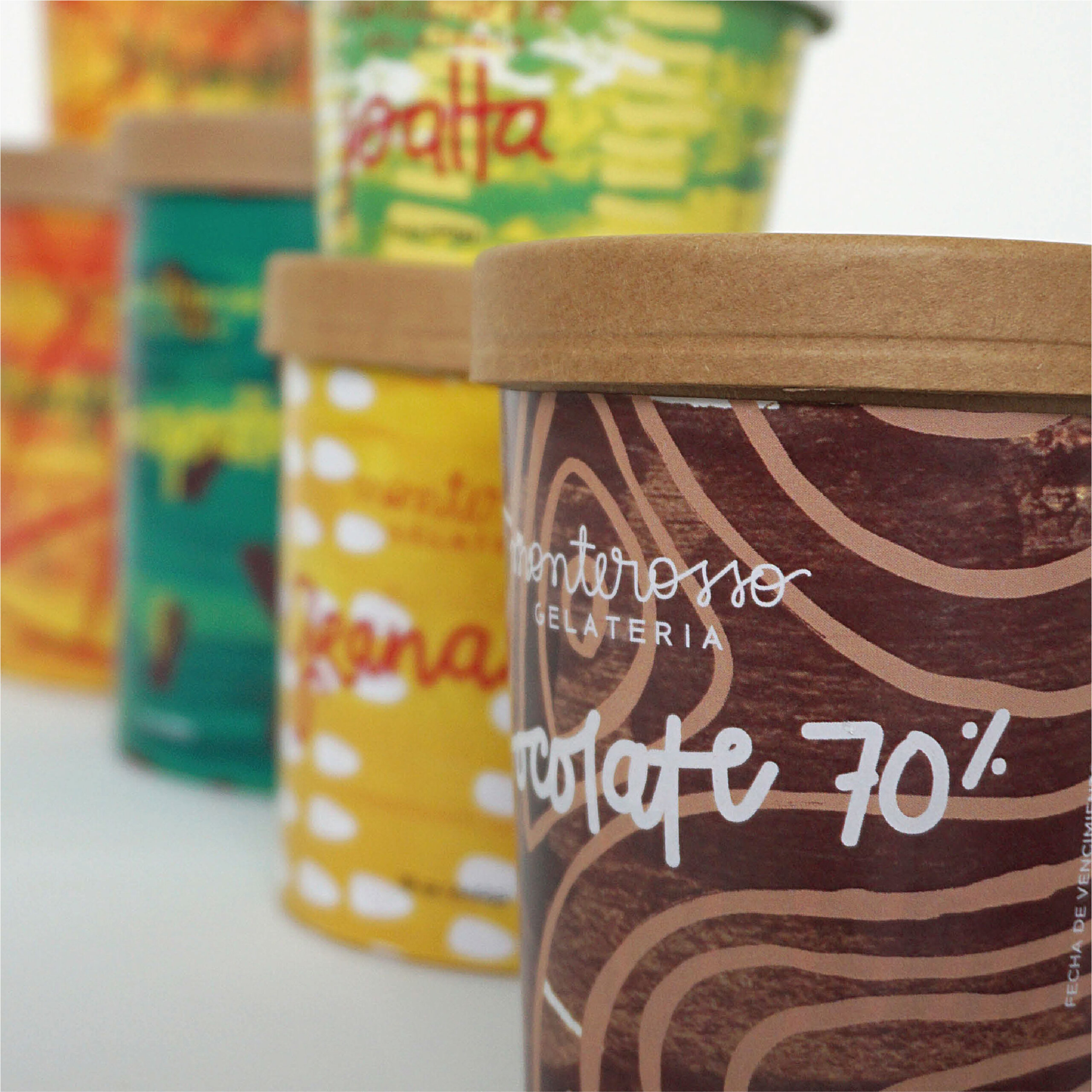 Nuova veste grafica per i packaging | Monterosso Gelateria